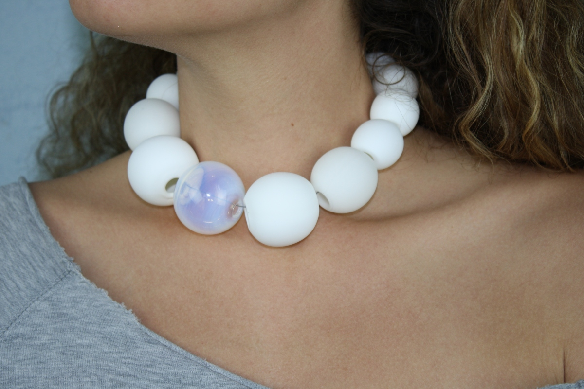 Pearly White Baubles